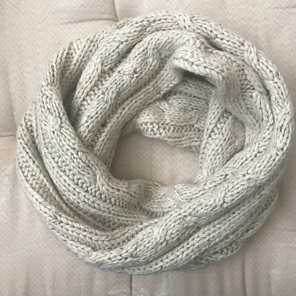 Urban Outfitters Accessories - Infinity Scarf